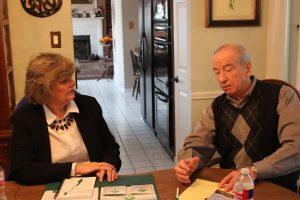 Argyle resident Judy Johannesen discusses the story behind the Glenn Garcelon Foundation with Bob Weir. (Photo by Netsky Rodriguez)