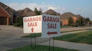 Lantana Garage Sale signs